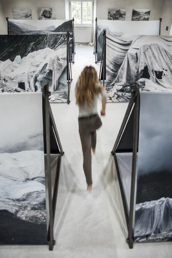 Le_glacier_des_refugies_Laurence_Piaget-Dubuis_3