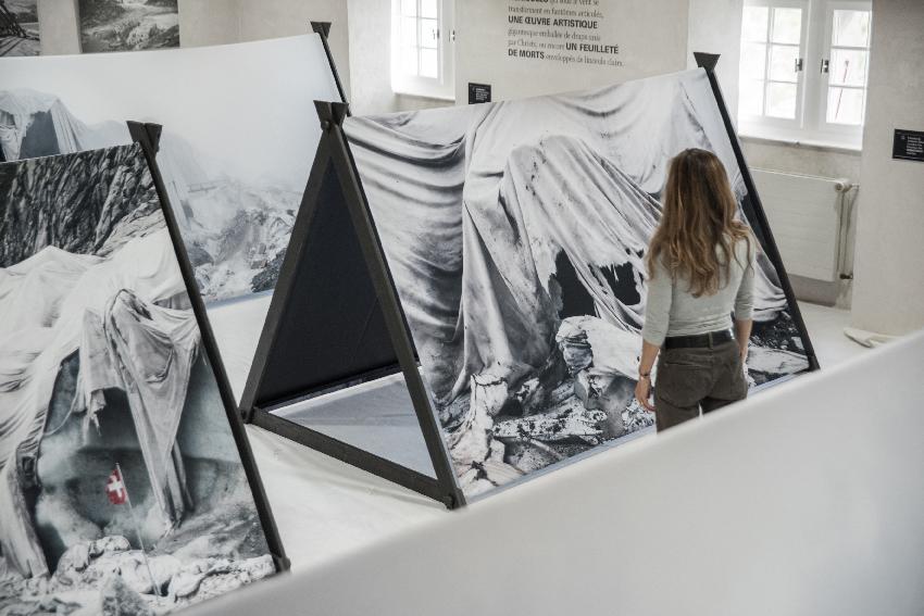 Le_glacier_des_refugies_Laurence_Piaget-Dubuis_5